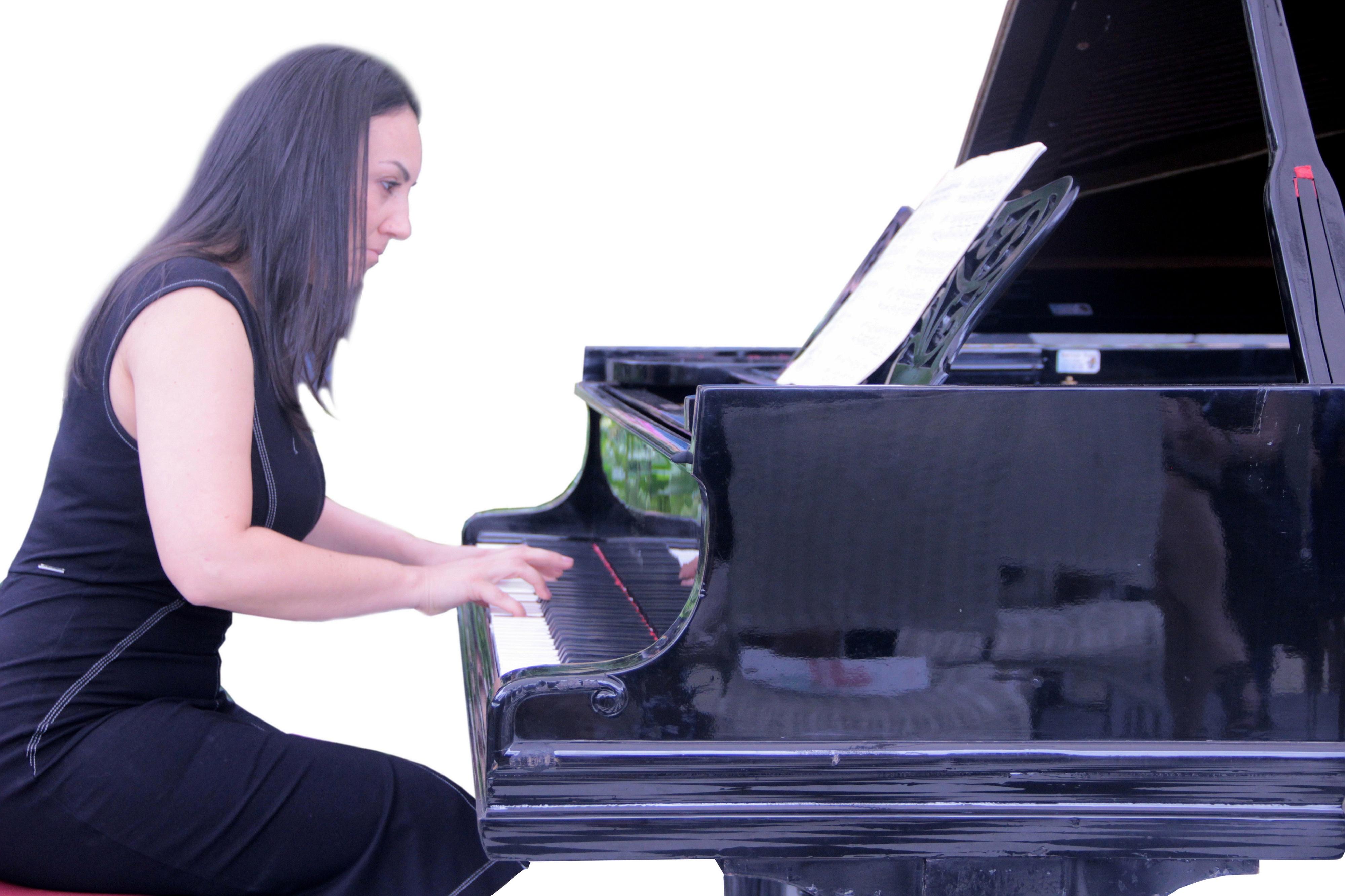 Adriana Platchek